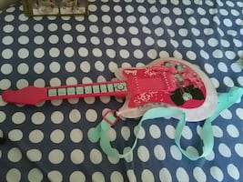Barbie guitar with mp3 mode (cord not include)