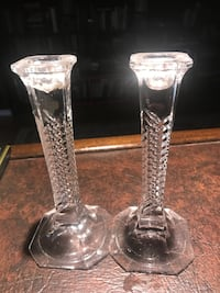 Two crystal candle holders Markham, L3T 5N8