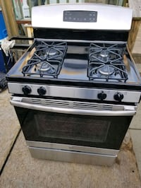 GE  gas stove  stainless steel  Louisville, 40203