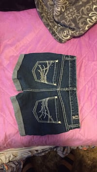 two black and blue denim bottoms Bakersfield, 93308