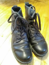 Black leather women's boots