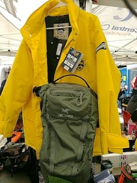 yellow and black zip-up jacket Vancouver, V6A 1T6