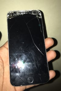 I phone 6 UNLOCKED screen cracked  New York, 11216
