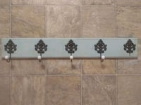 Antique looking coat track Woodinville, 98072