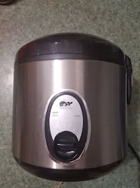 silver steel Whale Elec. slow cooker Vancouver, V6B 0M3