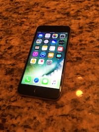 space gray iPhone 6 with case Brooklyn Park, 55445