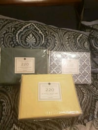 4 piece queen size sheet set. All 3 for 1 price Baton Rouge, 70820