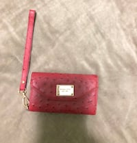 michael kors wallet (iphone 5,5s,5c holder) 35 OBO Winnipeg, R3E 3H2