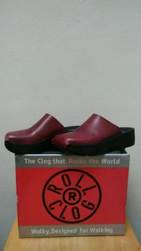 Women's Red Leather Clogs-BRAND NEW,NEVER worn Richmond, 94804