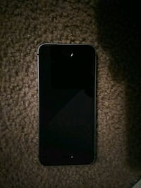 I phone se Wichita, 67213