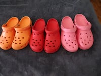 3 Pairs Croc-type Shoes