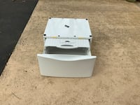 White HE2 washer or dryer pedestal Raleigh, 27613