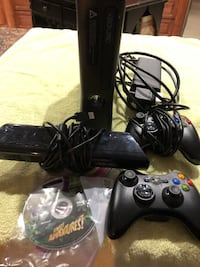 Xbox 360 console 2  remotes Kinect & Kinect disc Jacksonville, 72076