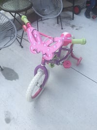 Girls butterfly bike
