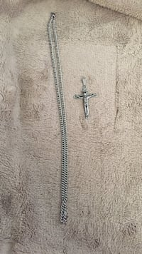 Stainless steel Crucifix!  22 mi