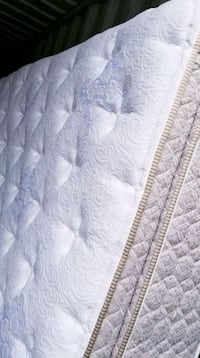 Second hand mattresses~ FREE DELIVERY