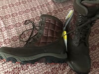 The North Face Snow hacking boots size 11 NEW  Surprise, 85388