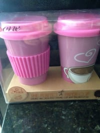 Insulated cups w lids ..New in package!!! Chantilly, 20152