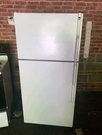 Hot point refrigerator and electric stove and dish West Hartford, 06107