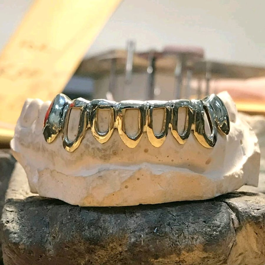 Silver Grill and gold grills