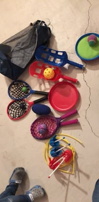 Outdoor toy bundle and carrying bag  Oakville, L6M 0H8