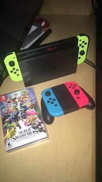 Switch with smash bros and extra pair of controllers recently just bought  Pueblo, 81004