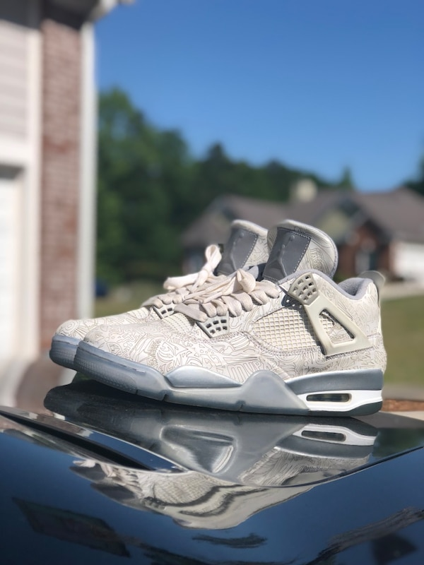 51ee6155dc2 Used unpaired white and gray Air Jordan 4 shoe for sale in Conyers ...