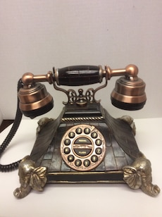 Reproduction of vintage phone in Moroccan style