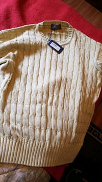 venanzi mens sweater size medium and made in Italy Victoria, V8V 1T3