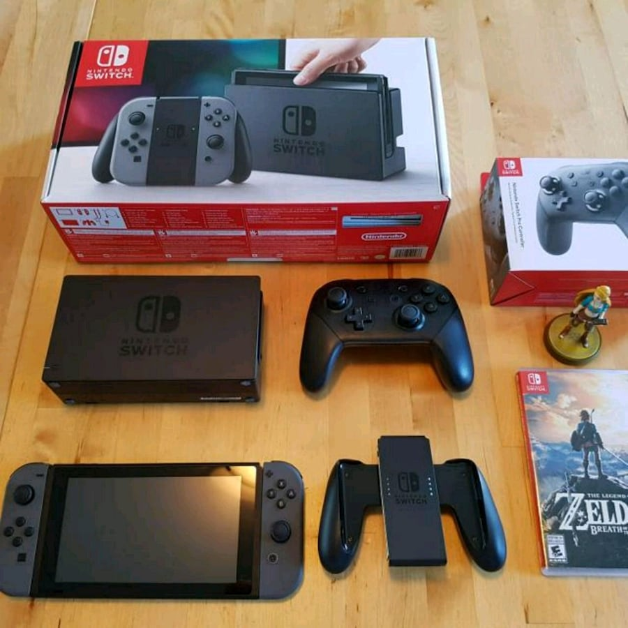Mom said i can sell my NINTENDO SWITCH BUNDLE for xmas money