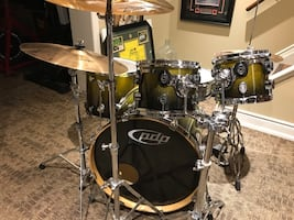 PDP by DW - 5 piece complete drum set