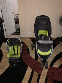baby's black and green travel system Annandale, 22003