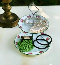 Small cookies/ jewelry stand Rockville, 20852