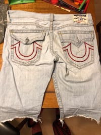 Men's true region jean shorts. No stains. Size 34 Windsor, N9G 3B8