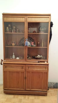 Buffet/display cabinet  Montreal, H3K 0A8