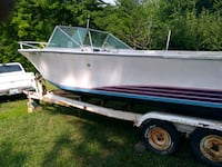 1970 white and blue speed boat Perry, 48872