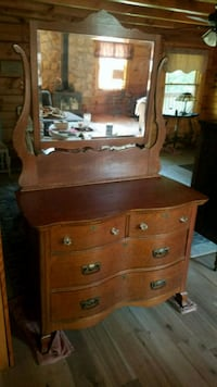 brown wooden dresser with mirror Wilmington, 28405
