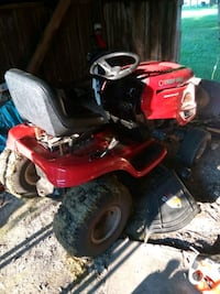 red and black ride on mower Nabb, 47147