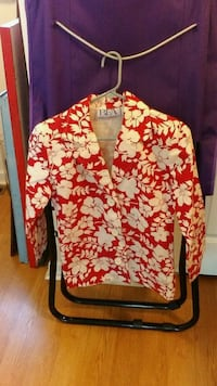 red and white floral dress shirt Norwich, 06360