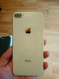 Iphone 8 plus like new Vancouver, V6R 4R5