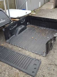 GM used 5 and 1/2 ft truck bed liner