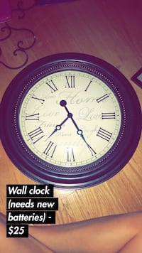 round black and white analog wall clock Lubbock, 79410
