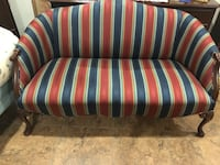Small vintage sofa excellent condition Blackshear, 31516