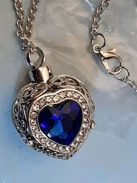 Blue Heart big urn Necklace with chain NEW Manchester, 03103