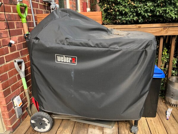 Used Weber ® green Performer Deluxe Charcoal Grill
