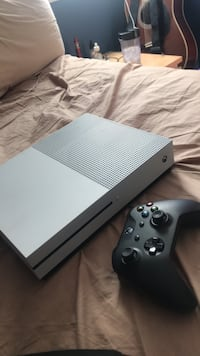 black Xbox One console with controller Hyattsville, 20782