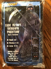 Youth 12/14 Phantom costume. Worn once. Simply outgrown. Surrey, V3S 7T1