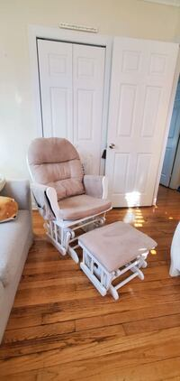 Obo/ Rocking chair with ottoman