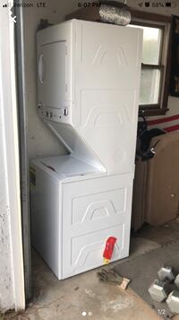 """24"""" stack washer dryer  Clinton, 06413"""