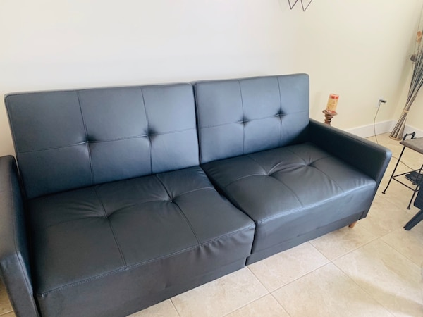 Phenomenal Wayfair Couch Like New Hardly Used Turns Into Bed Caraccident5 Cool Chair Designs And Ideas Caraccident5Info